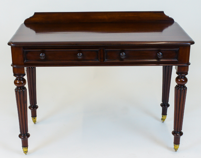 Antique Mahogany Side Table or Writing Table - Antique Mahogany Side Table Or Writing Table SN582